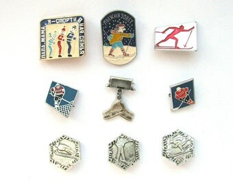 Winter sports,  Pick your pin, Vintage metal children's badge, Christmas, Xmas, Ice hockey, Soviet Vintage Pin, Made in USSR, 1980s