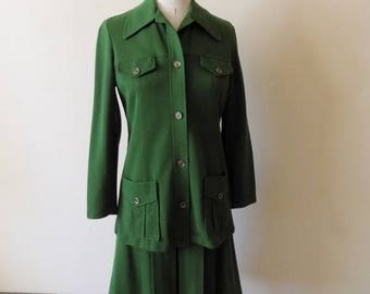 60s Womens Green Suit, 60s Secretary, Two Piece Set, White Stag, Green Jacket and Skirt,  Wide Collar, Womens Vintage Clothing,  Size 8