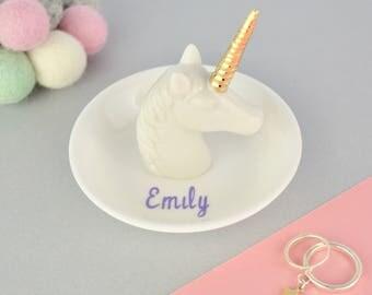 Personnalisé plat en céramique plat - Licorne - cadeau personnalisé - bibelot - une coupelle pour les filles - Licorne cadeau - bijoux - corne de licorne