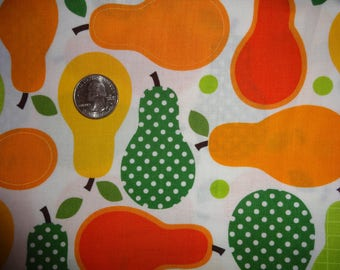 Metro Market Robert Kaufman Pears Fruit Cotton Quilting Fabric BTY by the yard