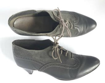 Vintage Minimalist Grey Oxfords, Kitten Heel oxfords, Vintage Cougar shoes