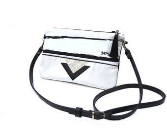 retro striped shoulder bag black white and gold