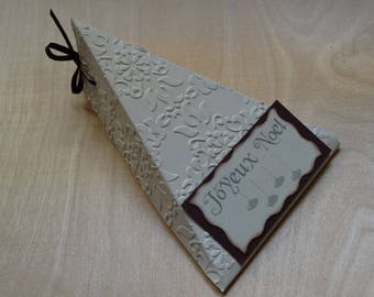 Merry Christmas ivory and Brown triangle box