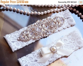 ON SALE Wedding Garter Set, Bridal Garter Set, Vintage Wedding, White Lace Garter, Crystal Garter Set, Victoria Style
