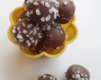 Prosecco Milk Chocolate Truffles with Sugar Nibs - Assorted Pack Sizes 2-12