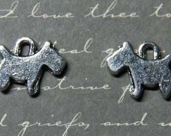 2 charms dog snips