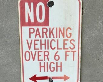 Vintage No Parking Vehicles Porcelain Sign (2DDKQT)