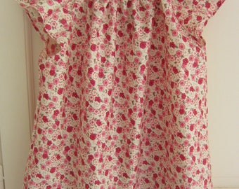 woman blouse in cotton net small pink flowers
