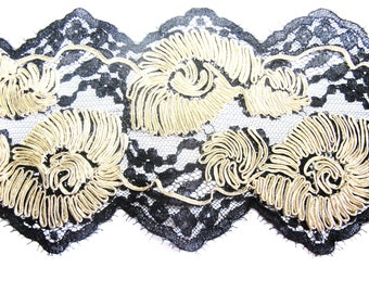EMBROIDERED BLACK CALAIS LACE BRAID SOUTACHE GOLD 13 CM