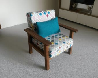 Modern Miniature Dollhouse Chair 1:12 Scale