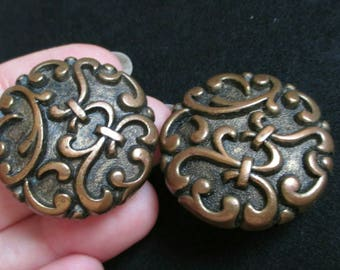 Vintage Round button bronze Earrings Gold Tone chunky clip on filigree gunmetal Runway jewelry fashion fleur-de-lis antique gold embossed