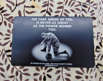 Soldier Deployment Image Engraved On Wallet Card - Military Deployment for Military Family Member Personalized text for back