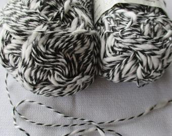 NOS Cotton Yarn, Vintage White Black Yarn, Knitting Supplies, Crochet Thread, Thick Thin Textured Cotton-Acrylic Yarn, Vintage Yarn 95 grams