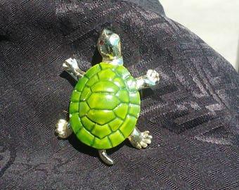 1960s Green Turtle Brooch