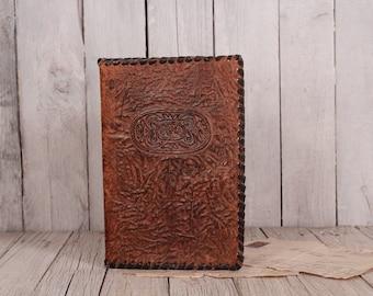 Elegant natural leather folder, 1960s tooled folder, Vintage leather portfolio, Embossed european notebook cover, Tooled leather souvenir