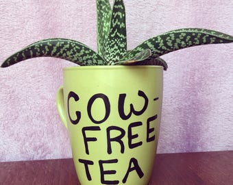 Cow Free Tea- Guacamole Green Mug- Fun Mug- Cute Gift- Vegan- Vegetarian- Dairy Free- Cows