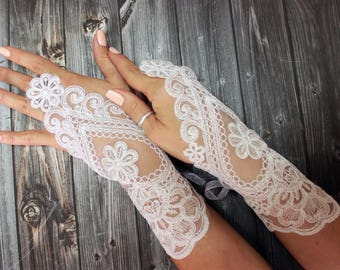 Ivory lace gloves wedding, bridal white gloves fingerless lace gloves, bridal accessories, french lace
