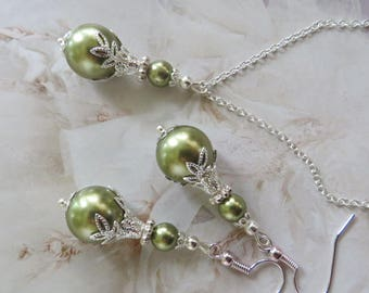 SAGE PEARL SET Earrings Pendant Necklace Swarovski Green Handmade Jewelry Jewelllery Filigree Bride Weddings Silver Bridesmaid French Lace