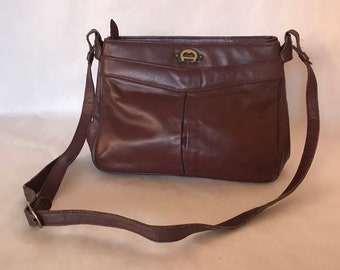 Vintage 70s-80s Etienne Aigner Burgundy Oxblood Leather Purse / Shoulder Bag