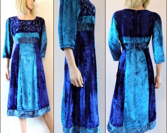 Blue crushed velvet hippie dress blue embroidered French vintage dress size medium