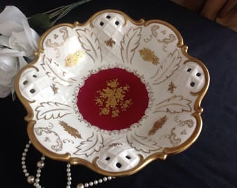 Reichenbach pierced and gilded large fruit bowl. Decorated in 22 kt gold. Vintage.