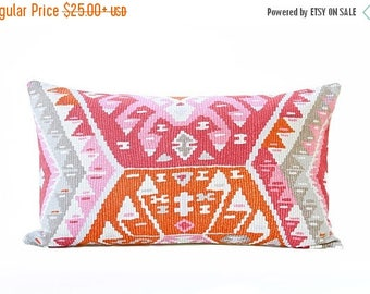 Sale Kilim style pillow cover - Pink and Orange Pillow - Pink pillow - Orange kilim pillow - Boho pillow - Ethnic pillow - Tribal pillow - 1