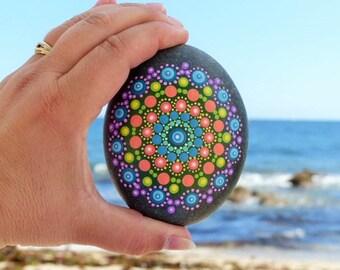 "Clipboard Mandala ""Lace"" - beach stone - Mandala lace Clipboard - Beach stones"