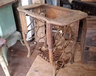 Rare Antique Will C. Free Cast Iron Treadle Sewing Machine Base, Oak Top & Trim