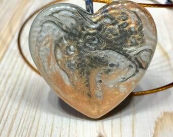 Heart pendant handpainted Resin-resin