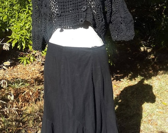 beautiful black cotton vintage skirt SIZE UK 12, USA 10, gothic, boho, summer