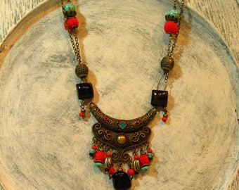 great ethnic necklace, OWL turquoise and Red