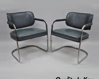 Pair of Green Leather Chrome Cantilever Lounge Club Chairs Mid Century Modern Vintage Milo Baughman Style