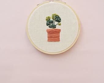 Embroidered Pilea Plant / Chinese Money Plant