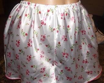 Silky Tap Pants Hearts Panties Medium Vintage
