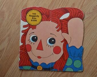 1974 The Raggedy Ann Book A Golden Super Shape Book