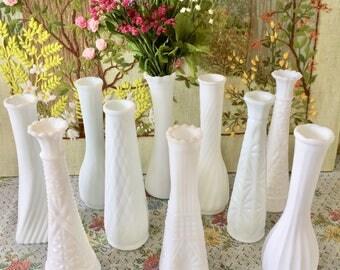 10 Milk Glass Vases Wedding Centerpiece Vases for Wedding Vases Vintage Milk Glass Bud Vase White Vases Bulk Vases Bridal Shower Centerpiece
