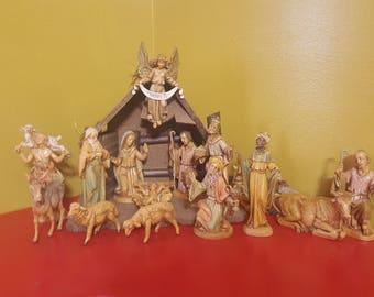 Vintage 1988 FONTANINI  15 piece Nativity Scene  /  Roman Nativity Scene  Made in Italy