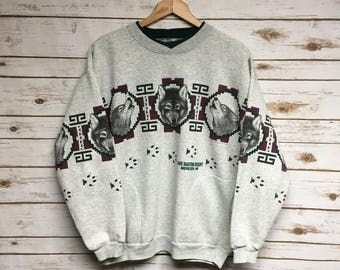 Vintage 90's Wolf crewneck sweatshirt howling wolf animal print crew neck gray sweatshirt Lake Bastine Resort Mercer Wisconsin - Medium