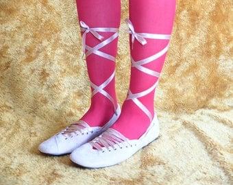 90s Newport News Baby Pink Suede Ballerina Ballet Lace-Up Flats 7 / 7.5 US