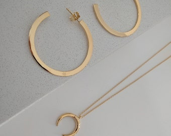doble horn gold necklace - boho chic necklace- minimal jewelry- boho necklace- moon necklace- horn necklace - moon necklace