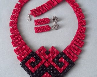 Geometric jewelry Beadwoven necklace Beadwoven earrings Bracelet Beaded necklace Red jewelry set Gift for her Gift for mom Birthday gift