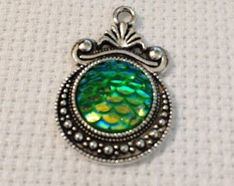 Needle Minder - Mermaid Scales in Green