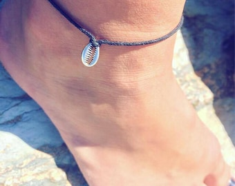 NEW Silver Shell Anklet, Silver Cowrie Shell Anklet, Hippie Anklet, Beach Bracelet, Summer Anklet, Boho Jewellery by InTheMomentUK