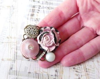 Vintage Brooch, Retro Shabby Chic, Flower Brooch, Plastic Button, Ceramic Flower Cabochon, Wedding Jewelry, Coworker Gift Idea, Handmade