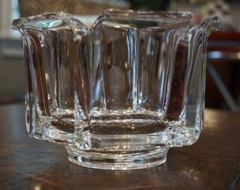 Grainware Lucite Bowl/SiLite Inc. Chicago/Made in Taiwan/GW348
