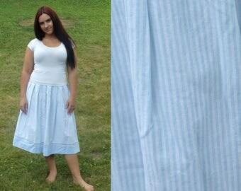 Vintage 80s Pinstripe Skirt, Blue & White Skirt, Mid Calf Skirt, Preppy Skirt, Made in USA, Stripe Skirt, Classy Skirt, Size 4 Skirt
