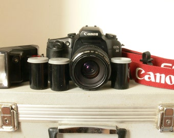 Canon EOS 30 SLR Camera Kit - With Flightcase - Everything You Need - Ideal For Student Photographer / Beginner