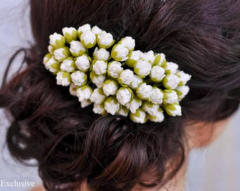 Flower for hair Bridal hair piece Wedding hair comb Flower hair comb Flower hair accessories floral Bridal headpiece Wedding headpiece white