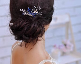 Royal blue wedding comb Sapphire jewelry Something blue for bride hair accessory Crystal hair comb Blue hair piece Rhinestone hair comb