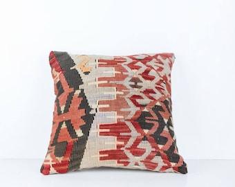 Vintage Turkish Kilim Pillow Cover, Bohemian Decorative Pillow, Boho Pillow, Faded Pillow, Turkish Kilim, Pastel Kilim, Boho Cushion